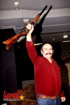 tsipidis-gun